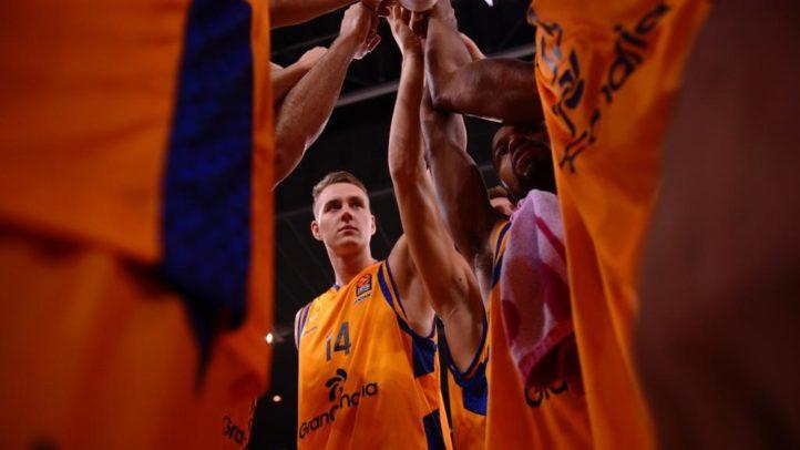 Tras las cámaras del primer triunfo en EuroLeague
